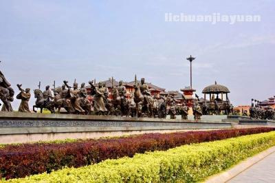 泡天然温泉,游汉城影视城